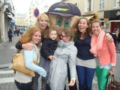 vriendinnen in parijs