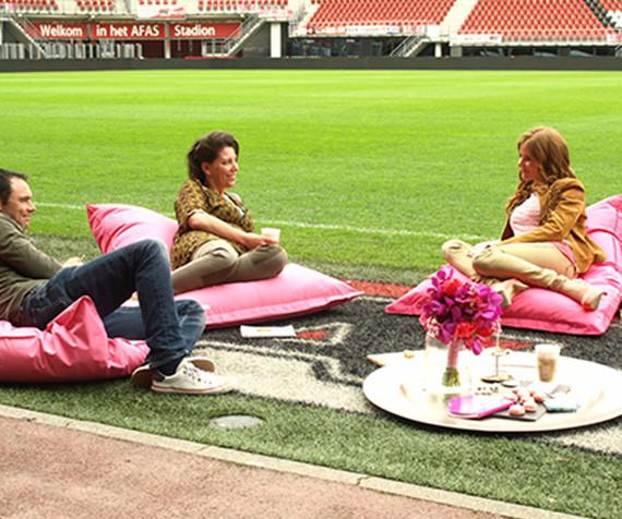 RTL Ja Wij Willen bruiloft Voetbal stadion